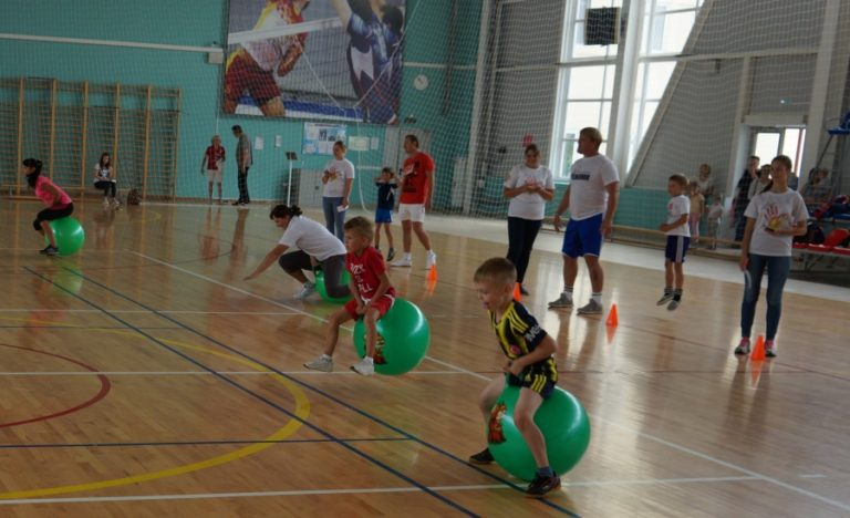 Как привлечь ребенка к спорту
