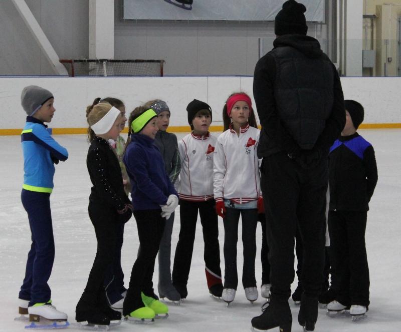 фигуристы спортивной детской юношеской школы олимпийского резерва по ледовым видам спорта г. Н.Новгорода